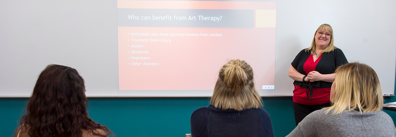 Associate Professor Beth Robinson leading a class
